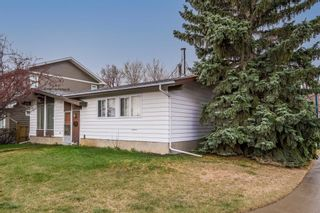 Photo 3: 6123 34 Street SW in Calgary: Lakeview Detached for sale : MLS®# A1104581