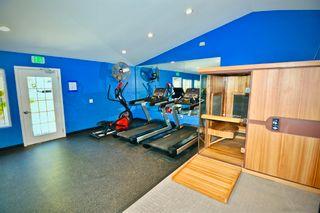 Photo 14: RANCHO PENASQUITOS Condo for sale : 1 bedrooms : 13309 Caminito Ciera #118 in San Diego