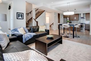 Photo 11: 2 924 3 Avenue NW in Calgary: Sunnyside Row/Townhouse for sale : MLS®# A1109840