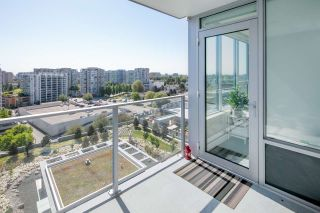 """Photo 16: 1509 7468 LANSDOWNE Road in Richmond: Brighouse Condo for sale in """"CADENCE BY CRESSEY"""" : MLS®# R2269074"""