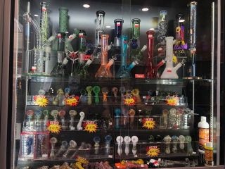 """Photo 3: 306 4820 KINGSWAY in Burnaby: Metrotown Business for sale in """"Metrotown"""" (Burnaby South)  : MLS®# C8039877"""