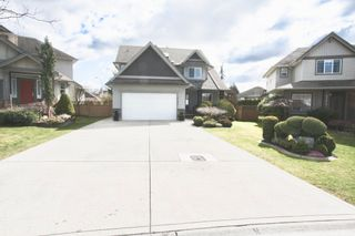 Photo 3: 27982 Buffer Crescent in Abbotsford: House for sale