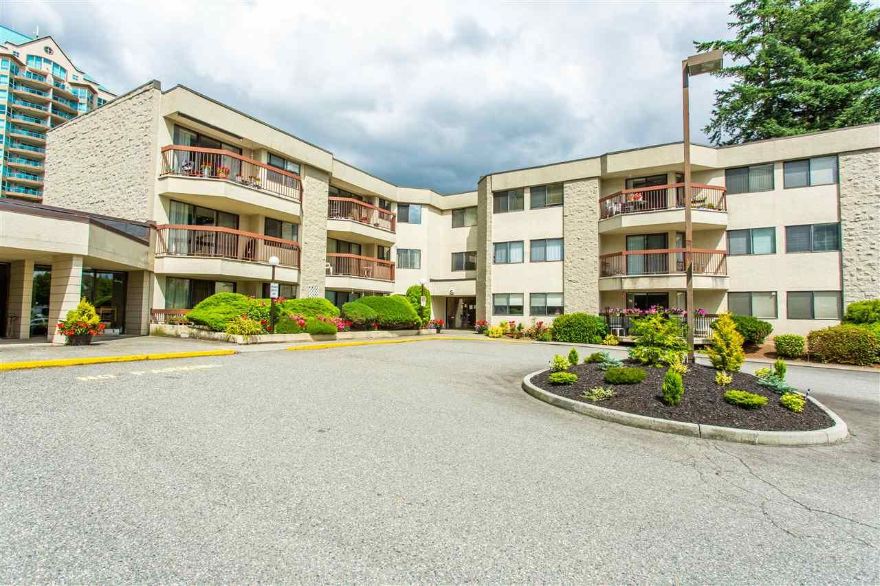 "Main Photo: 231 31955 OLD YALE Road in Abbotsford: Abbotsford West Condo for sale in ""EVERGREEN VILLAGE"" : MLS®# R2477163"