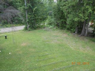 Photo 2: 7635 Mountain Drive in Anglemont: North Shuswap House for sale (Shuswap)  : MLS®# 10051750