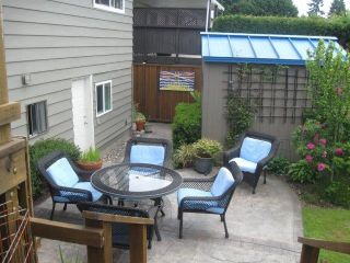 Photo 14: 15910 THRIFT Avenue: White Rock House for sale (South Surrey White Rock)  : MLS®# F1412517