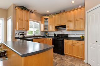 "Photo 13: 8422 167 Street in Surrey: Fleetwood Tynehead House for sale in ""Cedar Grove"" : MLS®# R2255036"