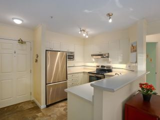 """Photo 7: 106 3625 WINDCREST Drive in North Vancouver: Roche Point Condo for sale in """"WINDSONG"""" : MLS®# R2618922"""