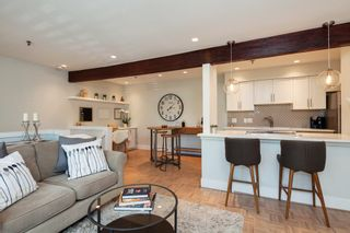 """Photo 7: E2 1100 W 6TH Avenue in Vancouver: Fairview VW Townhouse for sale in """"FAIRVIEW PLACE"""" (Vancouver West)  : MLS®# R2189422"""