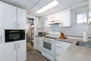 Photo 2: 2101 FOSTER Avenue in Coquitlam: Central Coquitlam House for sale : MLS®# R2551908