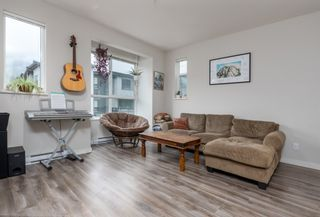 """Photo 4: 38354 SUMMITS VIEW Drive in Squamish: Downtown SQ Townhouse for sale in """"EAGLEWIND NATURE'S GATE"""" : MLS®# R2465983"""