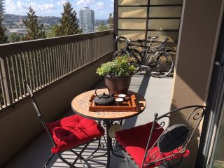 """Photo 1: 907 2041 BELLWOOD Avenue in Burnaby: Brentwood Park Condo for sale in """"ANOLA PLACE"""" (Burnaby North)  : MLS®# R2109625"""
