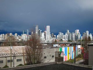 """Photo 19: 403 2288 PINE Street in Vancouver: Fairview VW Condo for sale in """"The Fairview"""" (Vancouver West)  : MLS®# R2546648"""