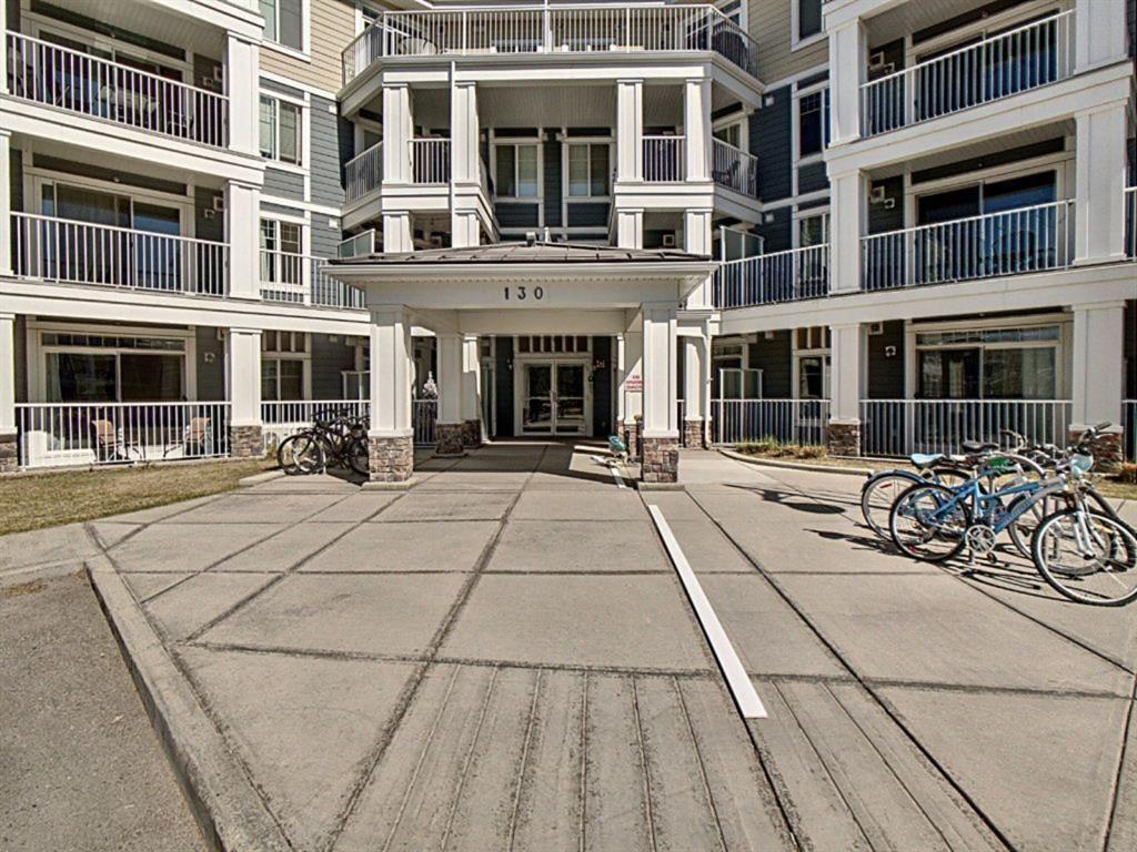 Main Photo: 106 130 Auburn Meadows View SE in Calgary: Auburn Bay Apartment for sale : MLS®# A1096320