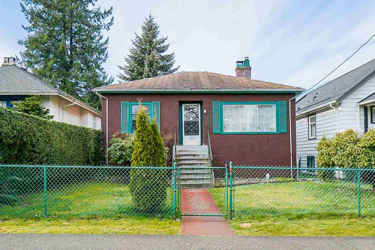 """Main Photo: 612 SECOND Street in New Westminster: GlenBrooke North House for sale in """"Glenbrooke North"""" : MLS®# R2545069"""