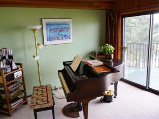 Photo 10: 110 WADDINGTON DRIVE in Kamloops: Sahali Residential Detached for sale : MLS®# 110059