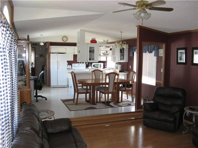 Photo 6: Photos: 13024 MARK Avenue in Charlie Lake: Lakeshore Manufactured Home for sale (Fort St. John (Zone 60))  : MLS®# N227341