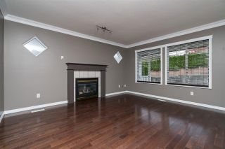 """Photo 2: 13 46330 MULLINS Road in Sardis: Promontory House for sale in """"THORNTON CREEK"""" : MLS®# R2116738"""