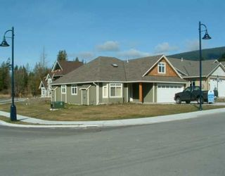 """Photo 1: 507 SHAW Road in Gibsons: Gibsons & Area House for sale in """"W"""" (Sunshine Coast)  : MLS®# V580770"""