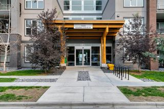 Photo 2: 1406 95 Burma Star Road SW in Calgary: Currie Barracks Apartment for sale : MLS®# A1134352