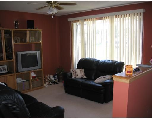 """Photo 2: Photos: 3915 COTTONWOOD Road in Fort_Nelson: Fort Nelson -Town House for sale in """"EAST SUB"""" (Fort Nelson (Zone 64))  : MLS®# N185148"""