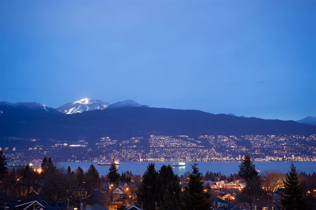 Main Photo: 3708 W 24TH Avenue in Vancouver: Dunbar House for sale (Vancouver West)  : MLS®# R2504274