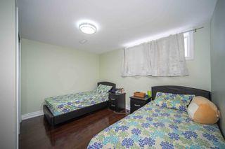 Photo 9: 954 Midland Avenue in Toronto: Eglinton East House (Bungalow) for sale (Toronto E08)  : MLS®# E4681657