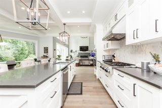 Photo 15: 2282 SORRENTO Drive in Coquitlam: Coquitlam East House for sale : MLS®# R2526740