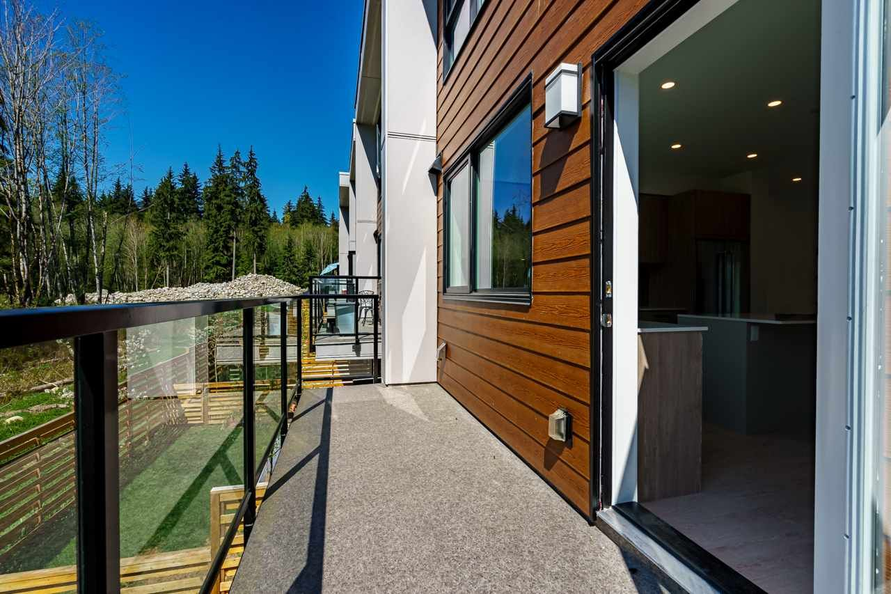 """Photo 9: Photos: 47 3597 MALSUM Drive in North Vancouver: Roche Point Townhouse for sale in """"SEYMOUR VILLAGE 3"""" : MLS®# R2569256"""