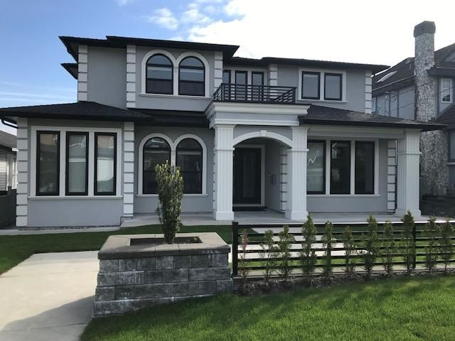 Main Photo: 6126 WALKER Avenue in Burnaby: Upper Deer Lake House for sale (Burnaby South)  : MLS®# R2578285