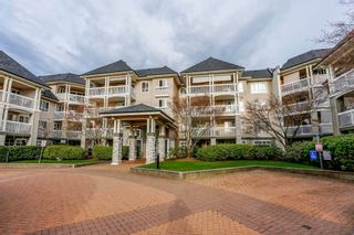 Photo 1: 405 22022 49 AVENUE in Langley: Murrayville Condo for sale : MLS®# R2449984