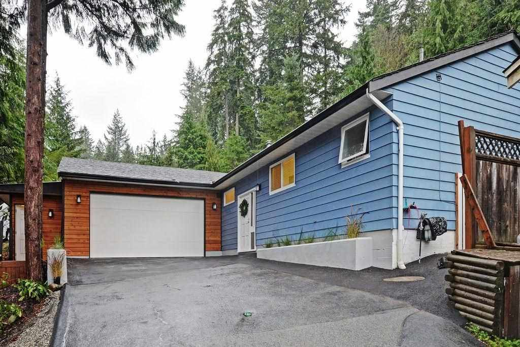 """Photo 20: Photos: 2354 TREETOP Lane in North Vancouver: Seymour NV House for sale in """"SEYMOUR"""" : MLS®# R2019971"""
