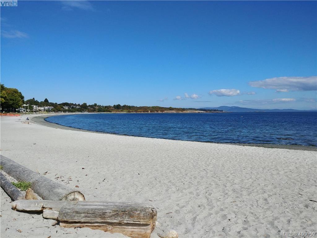 Near by Willows Beach