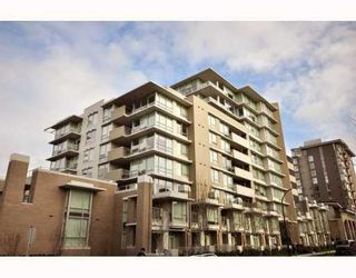 Main Photo: # 1001 1675 W 8TH AV in Vancouver: Condo for sale : MLS®# V808667
