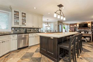 """Photo 6: 18102 CLAYTONWOOD Crescent in Surrey: Cloverdale BC House for sale in """"Claytonwoods"""" (Cloverdale)  : MLS®# R2580715"""