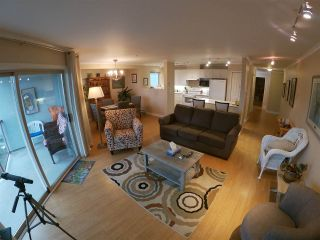 Photo 8: 224 5780 TRAIL Avenue in Sechelt: Sechelt District Condo for sale (Sunshine Coast)  : MLS®# R2425623