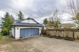 Photo 2: 6223 192ND Street in Surrey: Cloverdale BC House for sale (Cloverdale)  : MLS®# R2539766