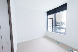 "Photo 10: 1028 68 SMITHE Street in Vancouver: Yaletown Condo for sale in ""ONE PACIFIC"" (Vancouver West)  : MLS®# R2137913"