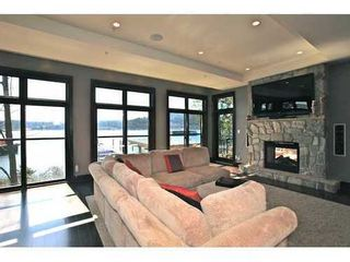 Photo 3: 3763 DOLLARTON Highway in North Vancouver: Roche Point Home for sale ()  : MLS®# V998593