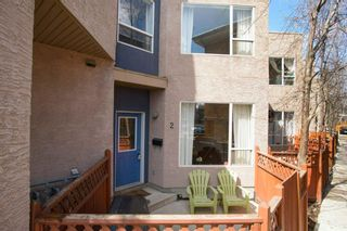 Main Photo: 2 2040 35 Avenue SW in Calgary: Altadore Apartment for sale : MLS®# A1097110