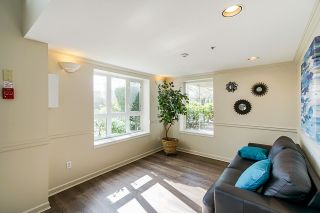 Photo 4: 208 20125 55A Avenue in Langley: Langley City Condo for sale : MLS®# R2350488