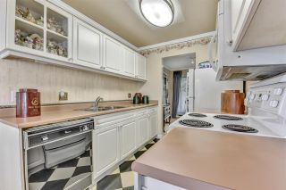 """Photo 8: 2 10074 154 Street in Surrey: Guildford Townhouse for sale in """"woodland grove"""" (North Surrey)  : MLS®# R2556855"""