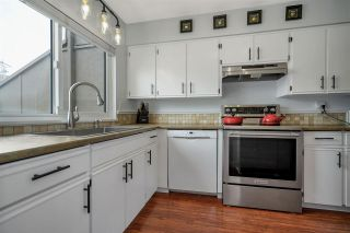 """Photo 4: 46 5850 177B Street in Surrey: Cloverdale BC Townhouse for sale in """"Dogwood Gardens"""" (Cloverdale)  : MLS®# R2577262"""