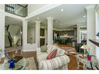 """Photo 7: 5915 164TH Street in Surrey: Cloverdale BC House for sale in """"WEST CLOVERDALE"""" (Cloverdale)  : MLS®# F1439520"""