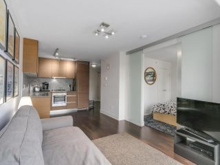 Photo 5: 705 565 SMITHE STREET in Vancouver: Downtown VW Condo for sale (Vancouver West)  : MLS®# R2116160