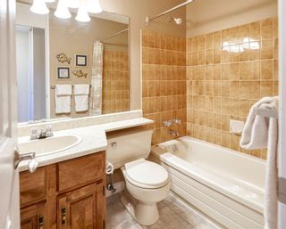Photo 12: 32 BERMONDSEY Court NW in Calgary: Beddington Heights Detached for sale : MLS®# A1013498