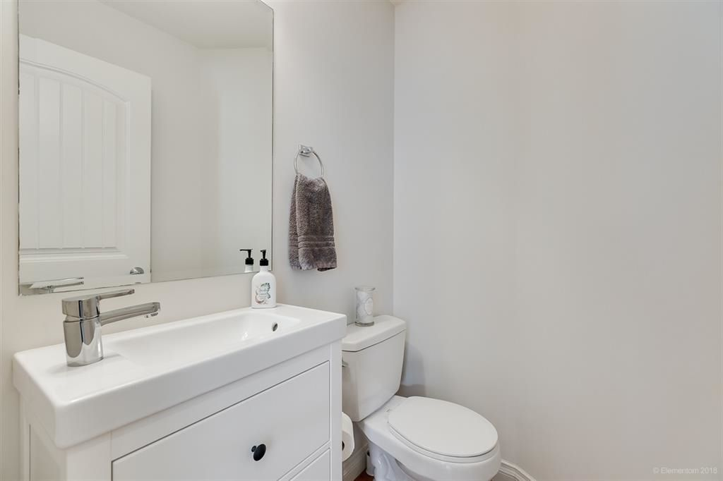 """Photo 10: Photos: 7014 179A Street in Surrey: Cloverdale BC Condo for sale in """"TERRACES AT PROVINCETON"""" (Cloverdale)  : MLS®# R2391476"""