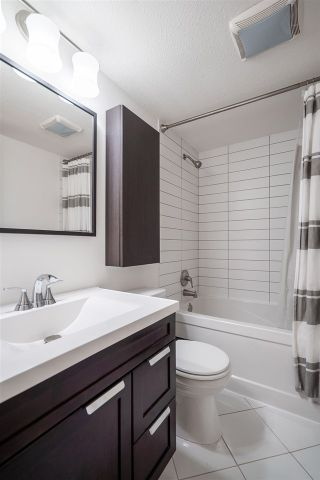 Photo 17: 214 555 W 14TH AVENUE in Vancouver: Fairview VW Condo for sale (Vancouver West)  : MLS®# R2502784