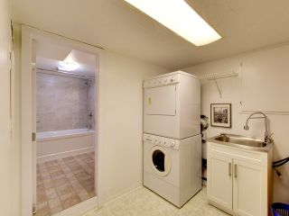 Photo 16: 4042 W 28TH Avenue in Vancouver: Dunbar House for sale (Vancouver West)  : MLS®# R2089247