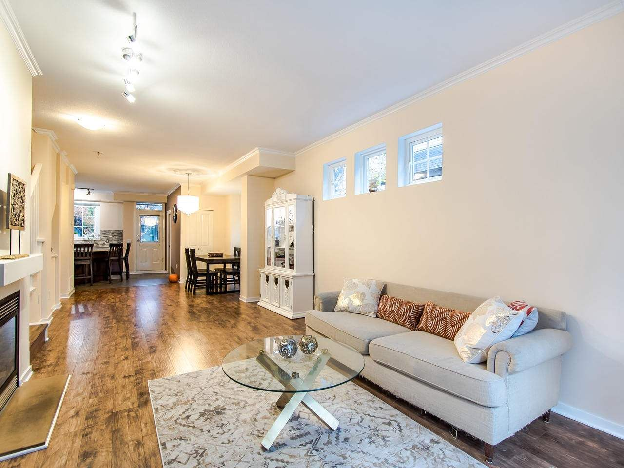 """Photo 5: Photos: 7 2200 PANORAMA Drive in Port Moody: Heritage Woods PM Townhouse for sale in """"THE QUEST"""" : MLS®# R2414883"""