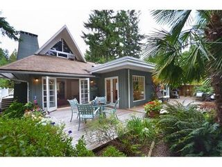 Photo 3: 4586 TEVIOT Place in North Vancouver: Home for sale : MLS®# V974253
